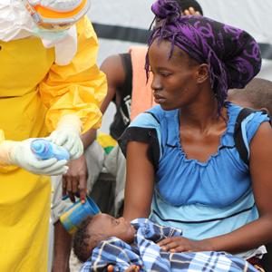 Ebola in Foya Lofa-provincie Noord-Liberia (Foto Martin Zinggl MSF)